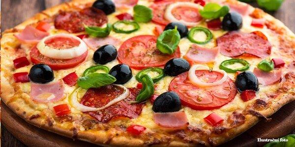 Dvě pravé italské pizzy v Hradeckém Dvoře
