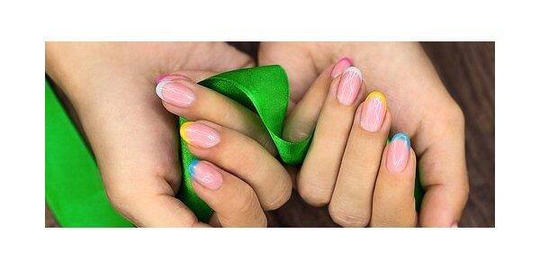 Doplnění gelových nehtů včetně zdobení