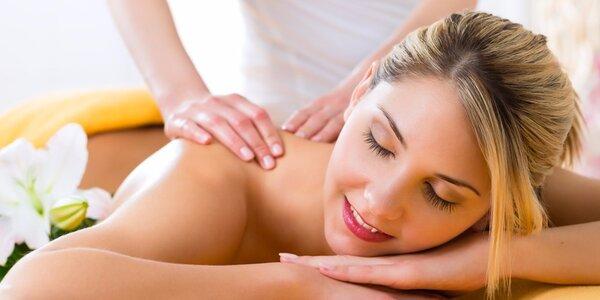 45minutová masáž zad v Salonu Majka