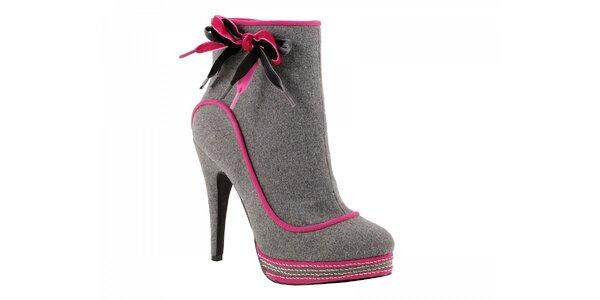 Šedivé kotníčkové boty s růžovou mašlí