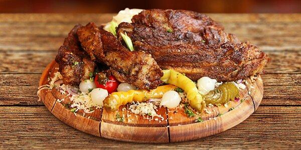 Gurmánské prkno se 3 kg pečeného masa