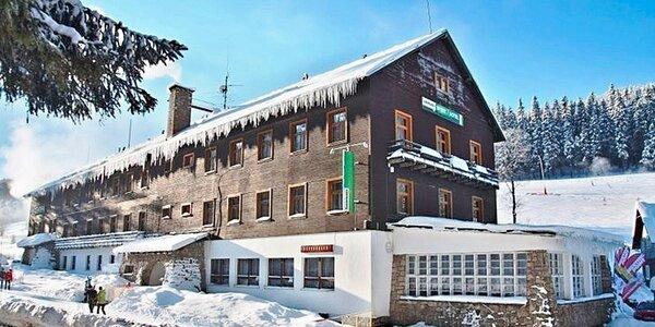 Lyžovačka, Vánoce i turistika v Harrachově