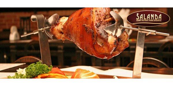 Koleno nebo salát pro DVA z restaurace Šalanda