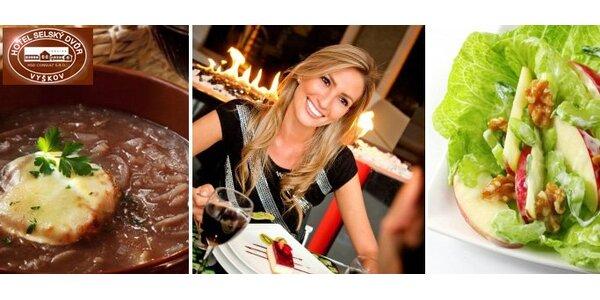 365 Kč za romantickou večeři pro DVA v hotelu Selský dvůr ve Vyškově