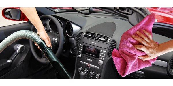 Suché/ mokré čištění interiéru auta. Zdarma prohlídka!