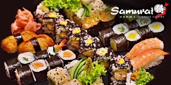 Bohaté sushi menu pro dva v restauraci Samurai