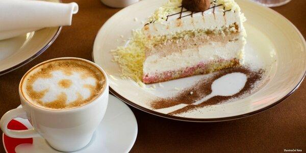 Káva a desert pro dvě osoby