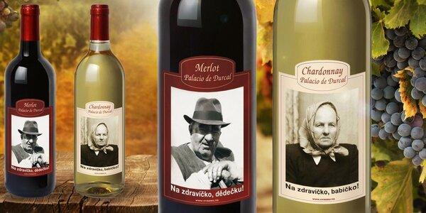 Španělské víno v lahvi s vaší fotkou a textem