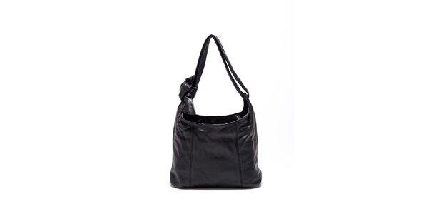 Dámská černá kožená kabelka s uzlem Carla Ferrari