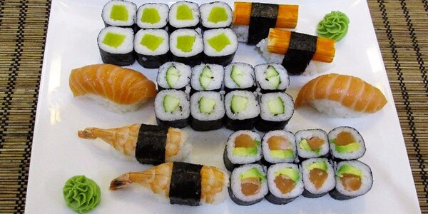Velké sushi menu v Sushi Miomi