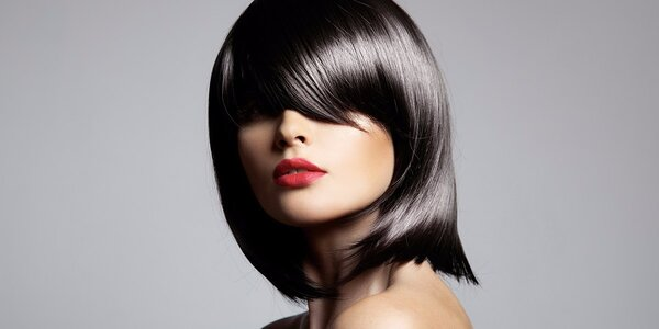 Moderní sestřih vč. vlasové kúry L'oreal