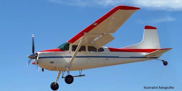 Let na plně pohyblivém leteckém trenažeru Cessna