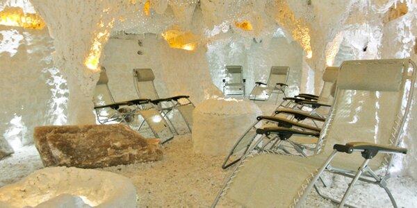 Dva vstupy do solné jeskyně Mineral