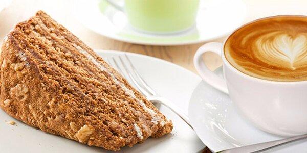 Výtečná káva a domácí dezert pro dva