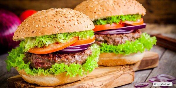 Dvě nabitá burger menu včetně rozvozu
