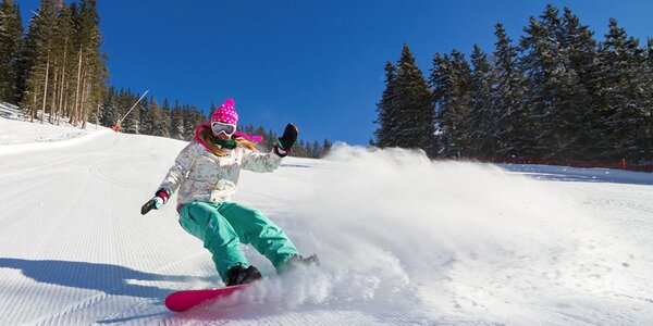 Zimní lyžovačka pro dva na Šumavě