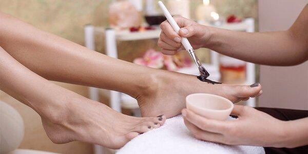 Čokoládová masáž nohou od rodilých Filipínek