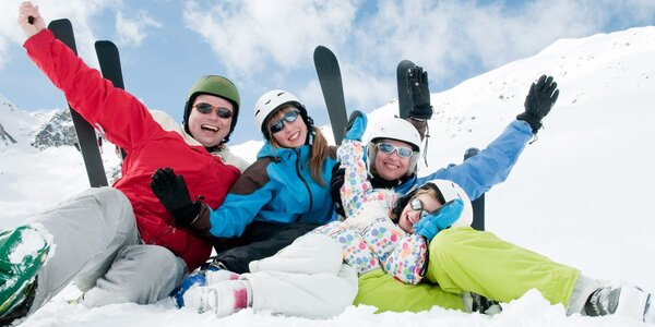 Jednodenní permanentka do skiareálu Pancíř