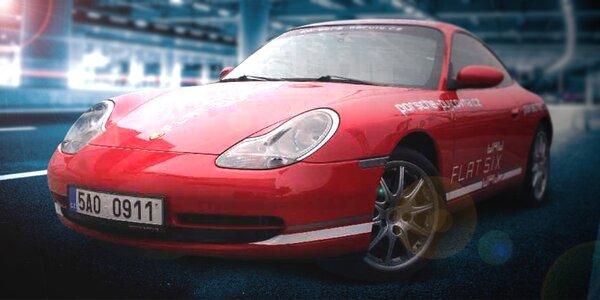 Spanilá jízda v Porsche 911 Carrera