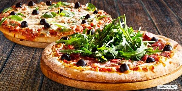 Dvě pizzy s rozvozem až ke dveřím