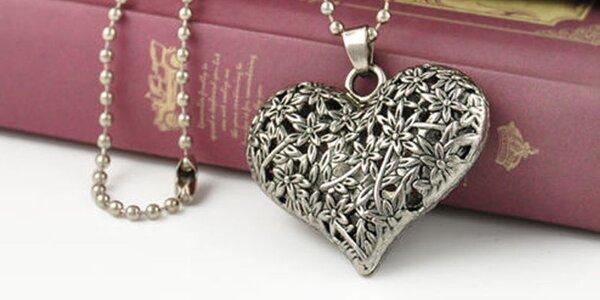 Řetízek s přívěskem ve tvaru srdce
