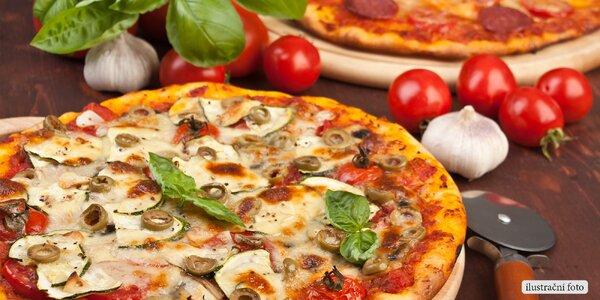 Dvě chutné pizzy podle výběru