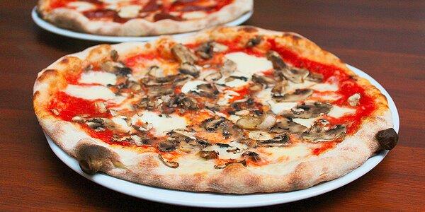 Dvě parádní pizzy u Staromáku