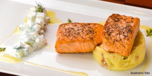 Obědové menu s lososem v restauraci U Vařečky