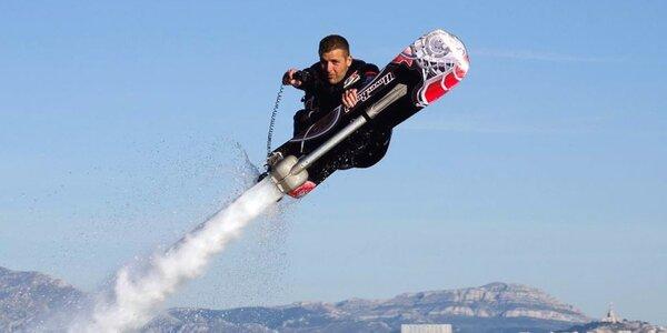 Bláznivý let na Hoverboardu pro jednoho letce