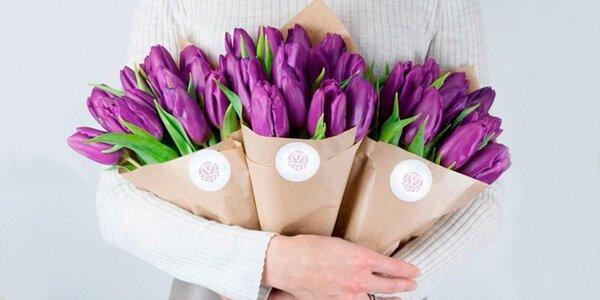 Jarní kytice z 15 holandských tulipánů