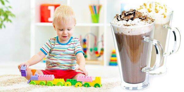 Káva pro dospěláka a vstup do herny pro dítko