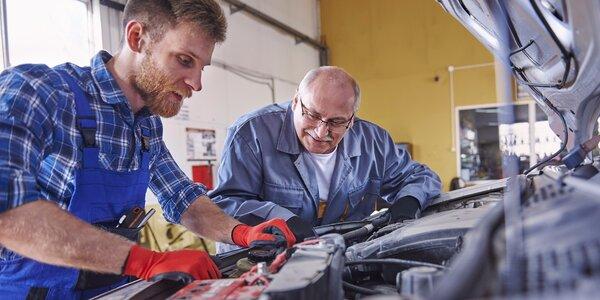 Kontrola auta po zimě a výměna oleje