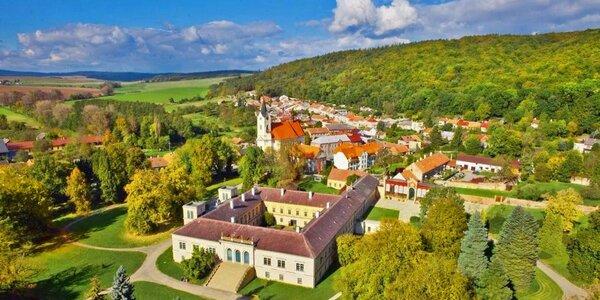 Prohlídka zámku v Čechách pod Kosířem