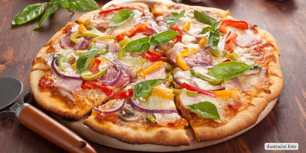 Dvě pizzy plné chutných ingrediencí