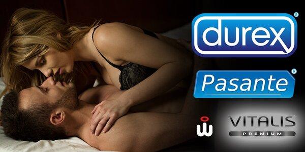 Balíčky značkových kondomů Durex a Pasante