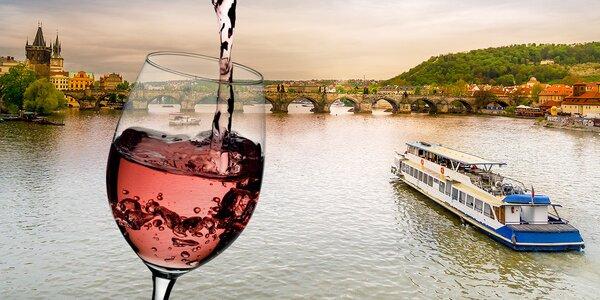Mimořádná plavba Na vlnách růžového vína