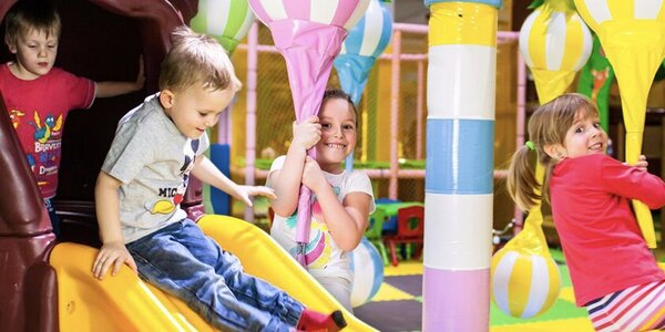 Dětské vstupy do Funparku Žirafa či laser game