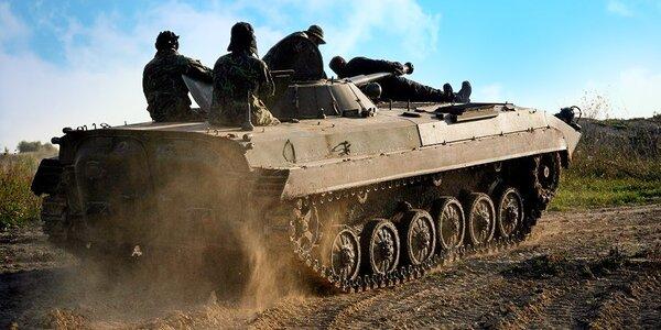 30minutová jízda v bojovém vozidle pěchoty
