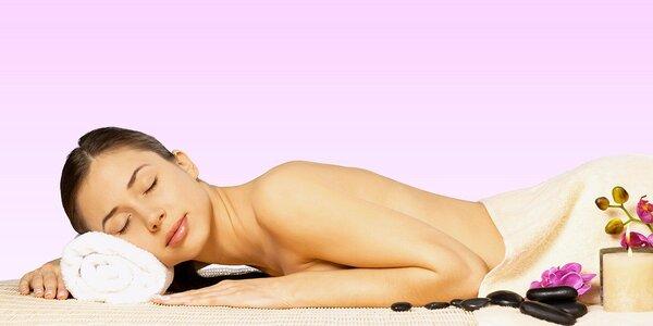 Uvolňující masáž zad a šíje a rašelinový zábal