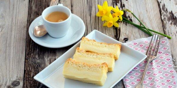Šálek kávy a dezert pro dva v Johanka Café