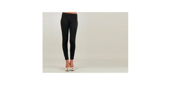 Dámské černé úzké kalhoty s černě lemovanými kapsami Ginger Ale
