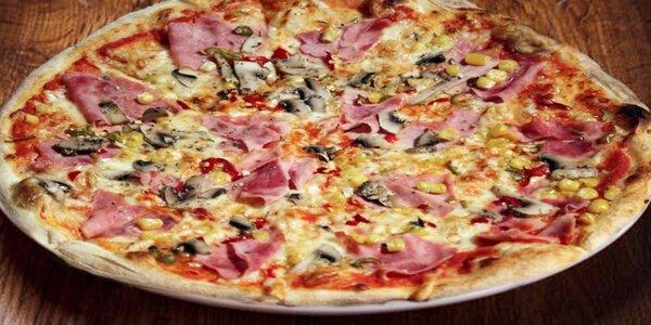 Dvě křupavé pizzy v Elektra Excelent Pubu
