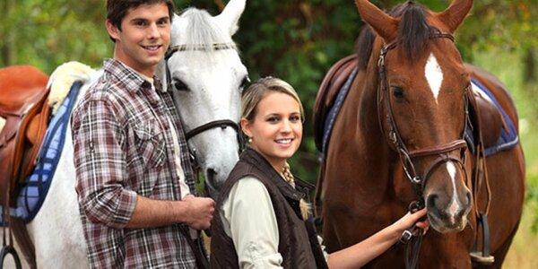 Hodinová projížďka na koni pro dvě osoby