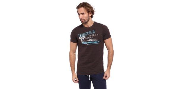 Pánské hnědé triko s modro-bílým potiskem Cooperativa