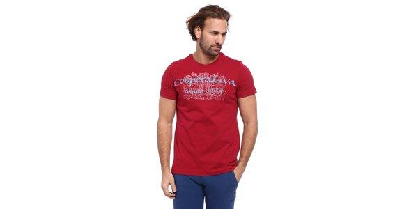 Pánské červené triko s modro-bílým potiskem Cooperativa