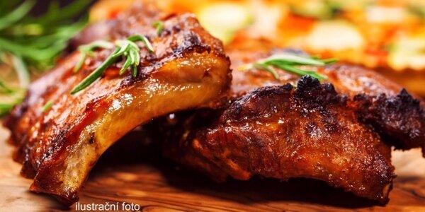 600 gramů lahodných žebírek sous vide s pečivem