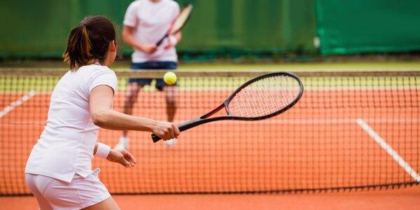 Dvě hodiny tenisu pro čtyři sportovní nadšence