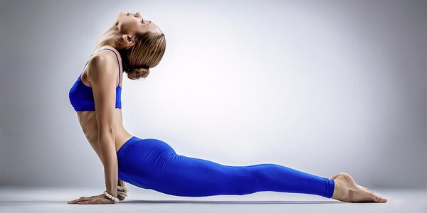 Lekce Power jógy ve studiu Dance&Yoga