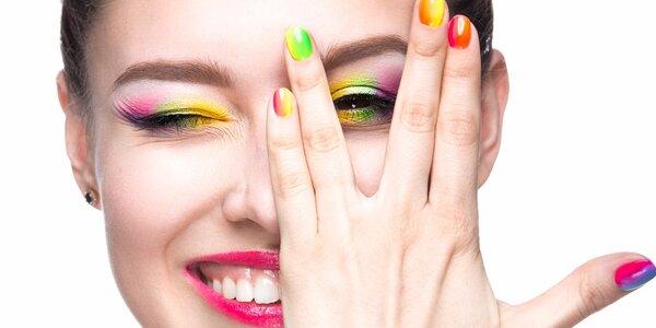 Nové gelové nehty s použitím šablon