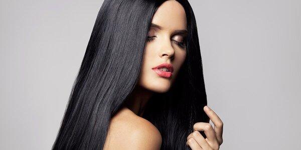 Dámský střih i péče regenerační kosmetikou